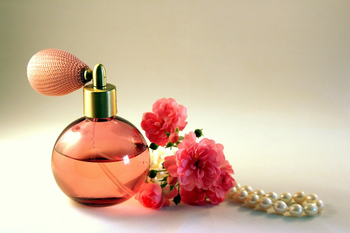 What to Do If The Long-standing Perfume Bottle Does Not Spray Out Perfume